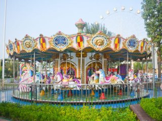 "Why The Carousel Ride Is the ""Eternal"" Classic in the Playground?"